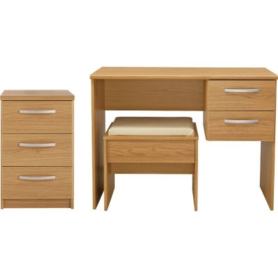 Hallingford 2 Pc 3 Drawer Chest Package - Oak Effect.